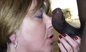 sexy experienced mature wife takes good care of black dick