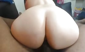 Hot Milf takes it up the ass + facial