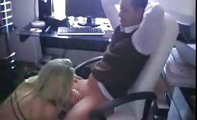 Thick German gf office chair fuck