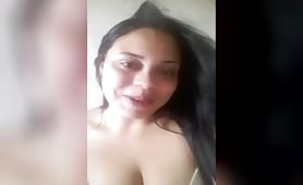Brasil Peri Melchocolate showing her big boobs